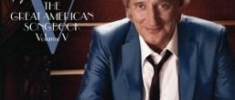 Rod Stewart: Fly Me To The Moon…The Great American Songbook Volume V