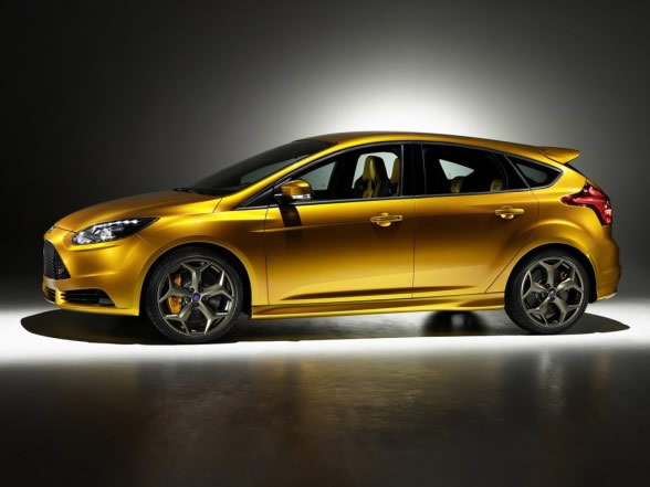 2012-Ford-Focus-ST-Side